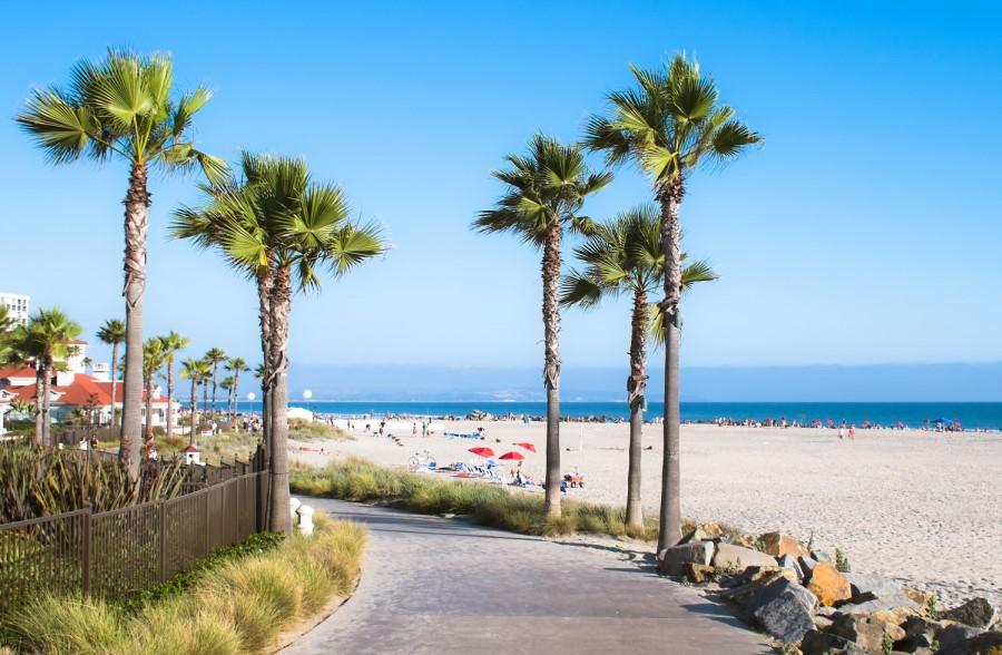 CA beach, Living in Arizona vs California, Living in Phoenix real estate (12)
