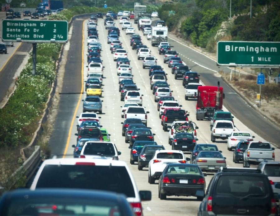 traffic in CA, Living in Arizona vs California, Living in Phoenix real estate (16)