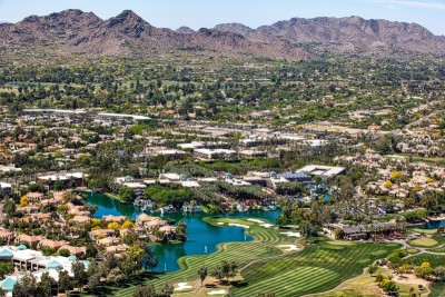 view above Scottsdale Arizona, Pros and Cons of Living in Phoenix AZ, AZ Home Source realty (3)