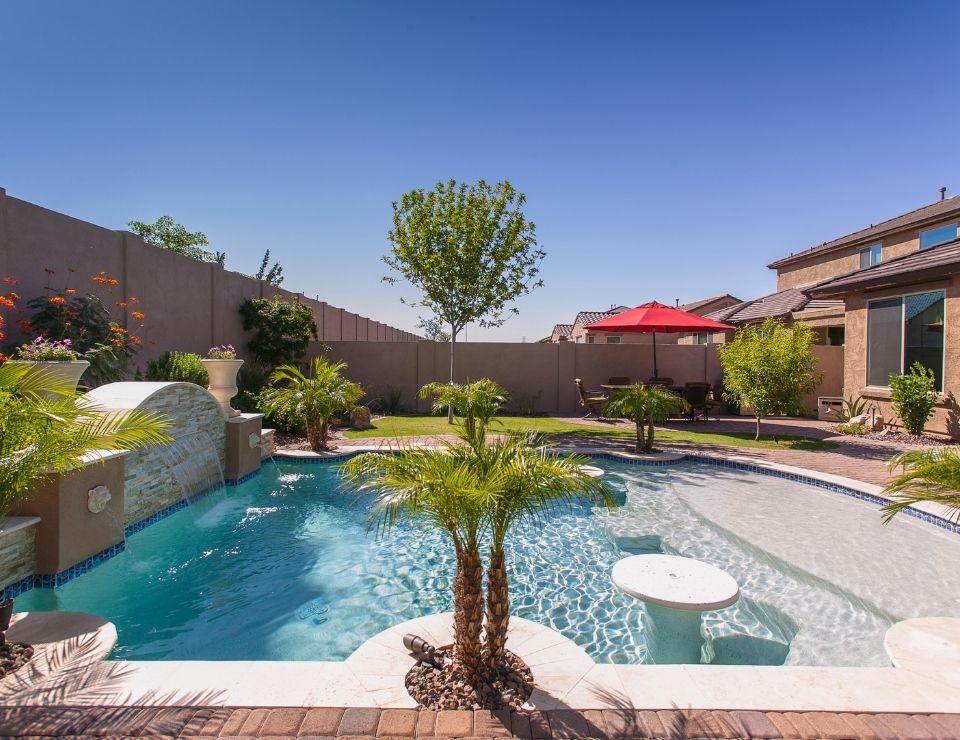 backyard pool in Gilbert AZ, Cost of Living in Gilbert Arizona, Living in Phoenix real estate