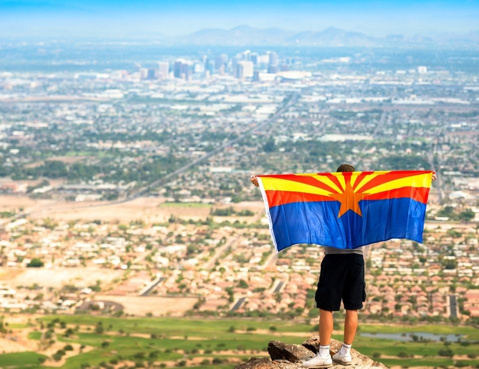 panorama view of Phoenix from a hiking trail, top things to do in Phoenix Arizona