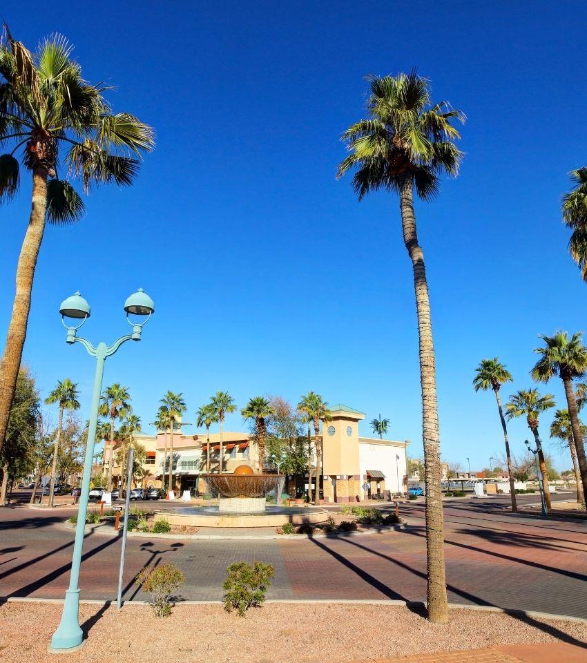 main square Gilbert Arizona, Living in Phoenix Arizona