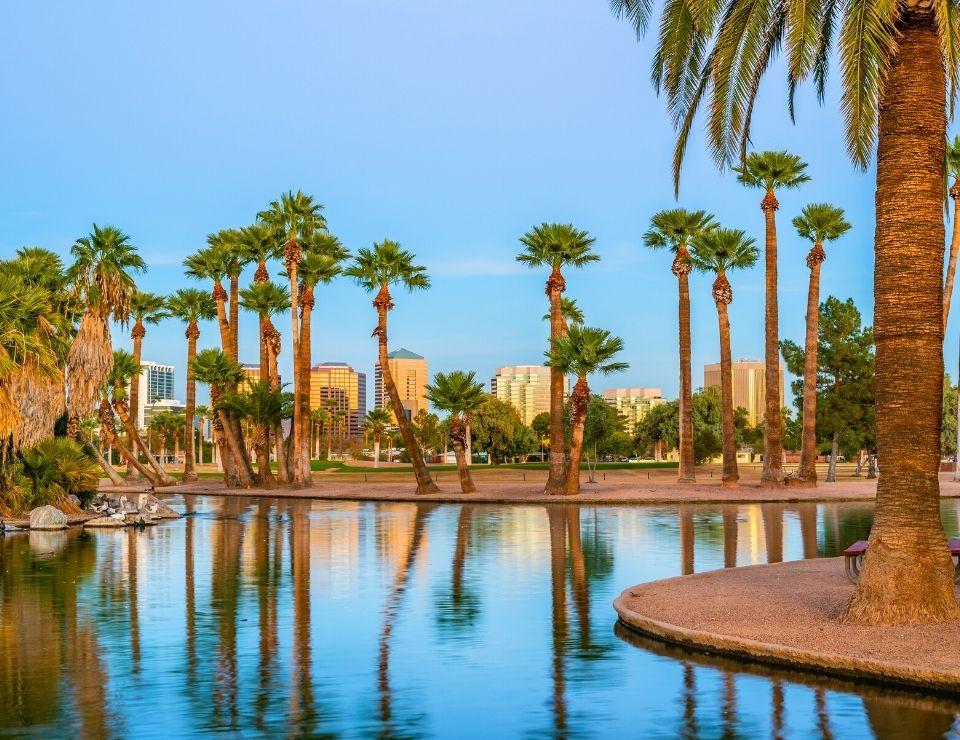 manmade lake in Phoenix, 10 Reasons NOT to move to Phoenix, Arizona