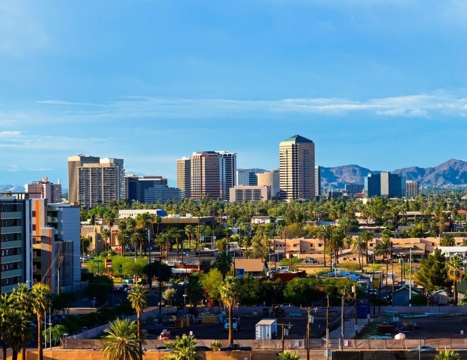 view of downtown Scottsdale, best suburbs to move to in Phoenix Arizona