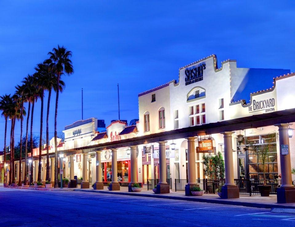 Chandler AZ at night, Best Phoenix Neighborhoods to Raise a Family