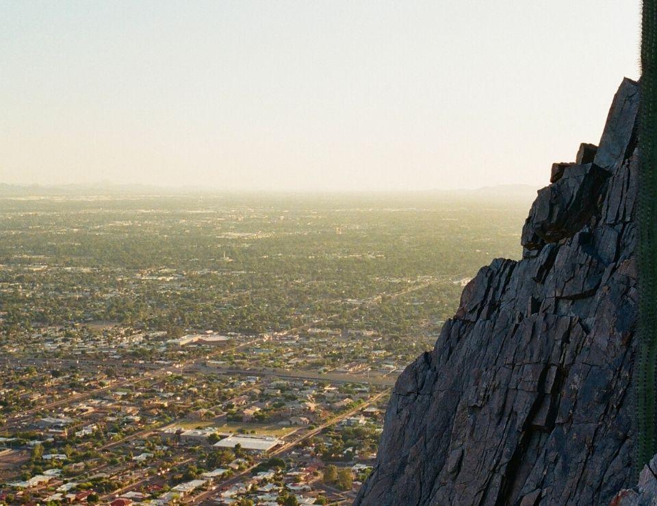 outdoor hiking view in Phoenix AZ, Living in Phoenix versus Austin